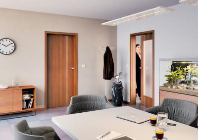 Interiérové dveře SAPELI LOTOS 83 - prosklené, dekor teak struktur