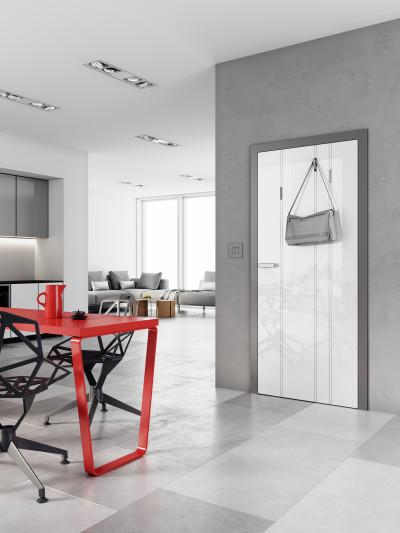 Bezfalcové interiérové dveře SAPELI HANUM 26- dekor vysoký lesk bílá